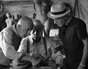 Fernando Trueba (derecha), durante el rodaje de 'El artista y la modelo'