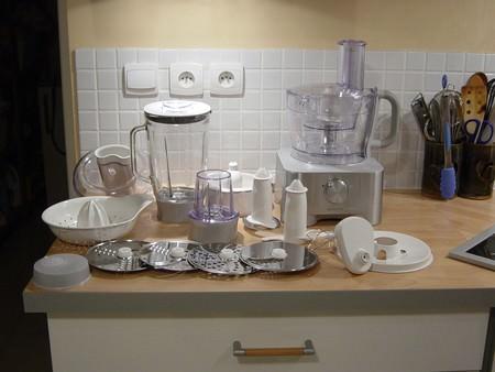 mon nouveau robot ma p 39 tite cuisine. Black Bedroom Furniture Sets. Home Design Ideas