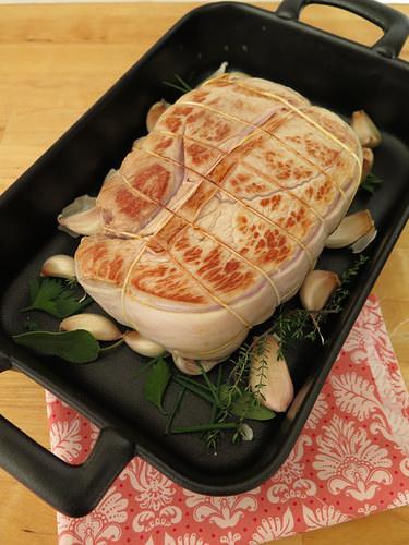 Recette du r ti de veau au four ma p 39 tite cuisine - Cuisiner un roti de veau ...