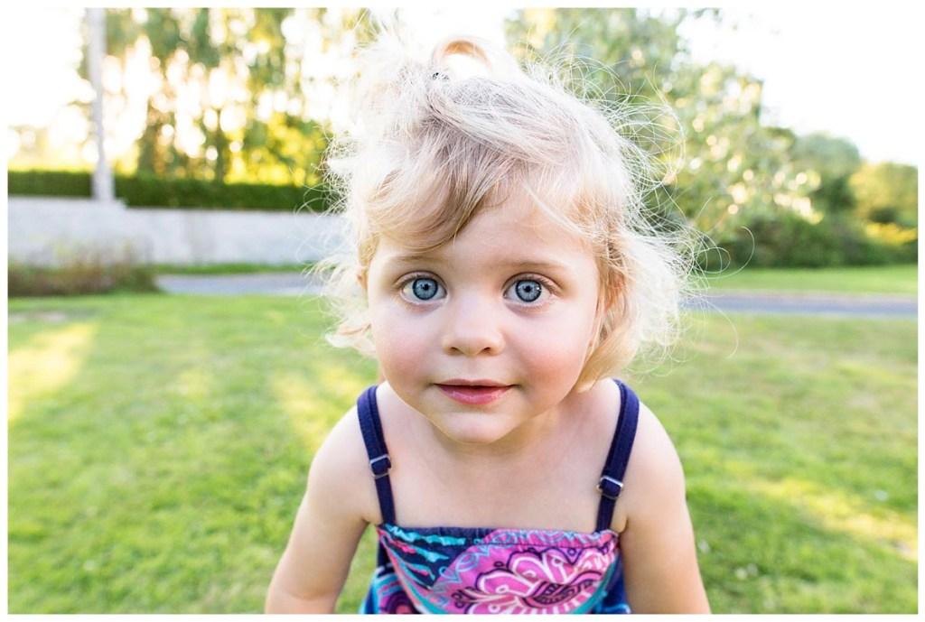 seance-famille-calvados-petite fille