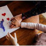 Quand Benjamin offre un cadeau à sa soeur – Photographies du quotidien