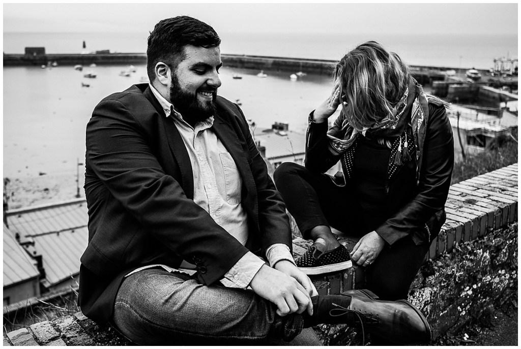 seance engagement, seance photo couple, audrey guyon, photographe interprete, photographe mariage normandie, granville, photographe emotions, photos de couple granville, complicite, amour, french wedding photographer