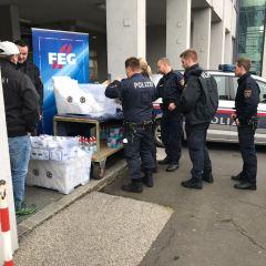 AUF versorgt Einsatzkräfte in Linz