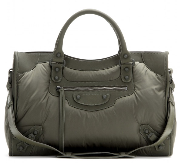 d3e8eecb0f The Balenciaga City Leather Comparison   Metallic Edge Buying Guide ...