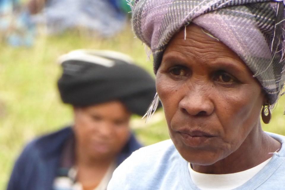 Xhosa-Frau in Bulunga in Südafrika