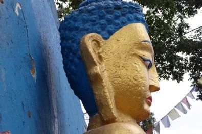 kathmandu_buddha_blau