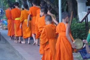 Laos LP Moenche 3 1 | aufmerksam reisen