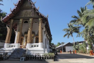 laos_lp_tempel_moench