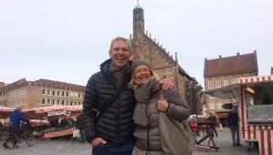 Hauptmarkt Nuernberg Crew   aufmerksam reisen