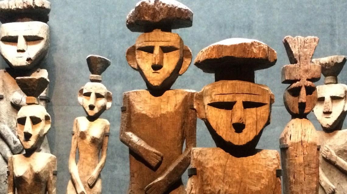 Chile Santiago MuseoPrecolombino Grabfiguren   aufmerksam reisen