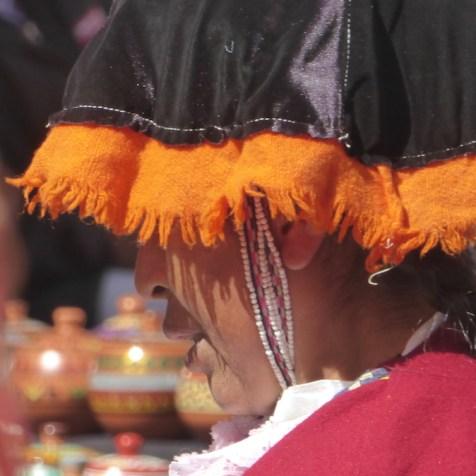 Peru-SacredValley-Marktfrau-nah