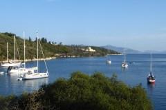 19 Monate auf Weltreise: Buchten beim Segeln