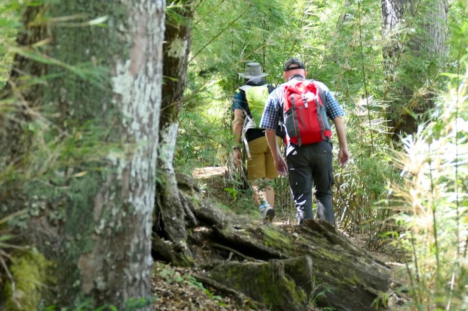 Wolfgang und Hans beim Wandern