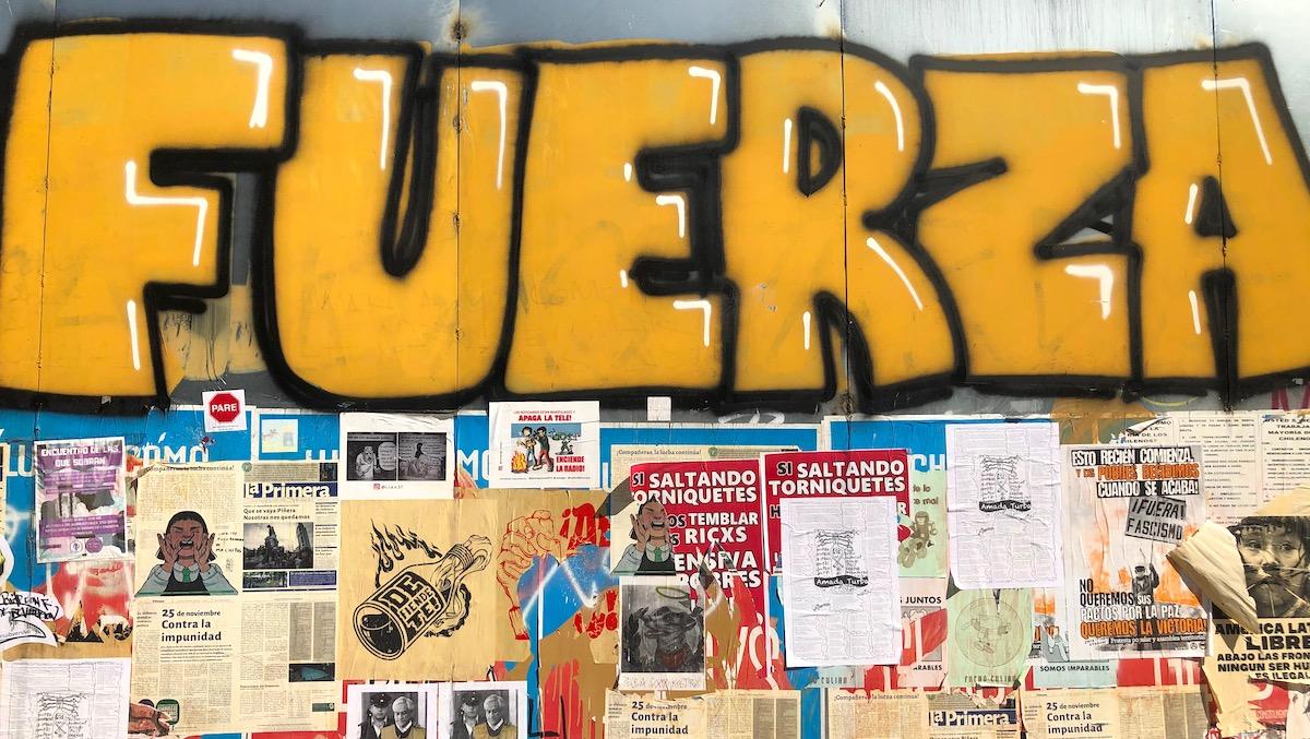 Graffiti zu den Protesten in Santiago de Chile