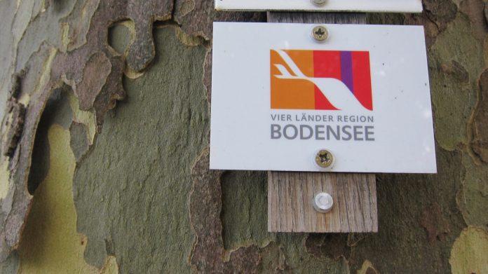 Beschilderung der Vier Länder Region Bodensee zum Wanderweg Seegang