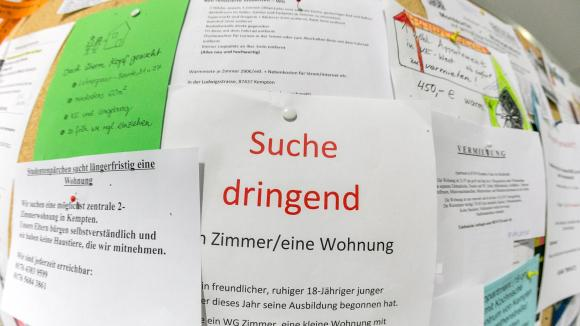 Suche Wohnung - Searching for an apartment