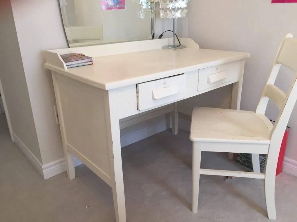 Teachers Desk Annie Sloan Chalk Paint - Pure White