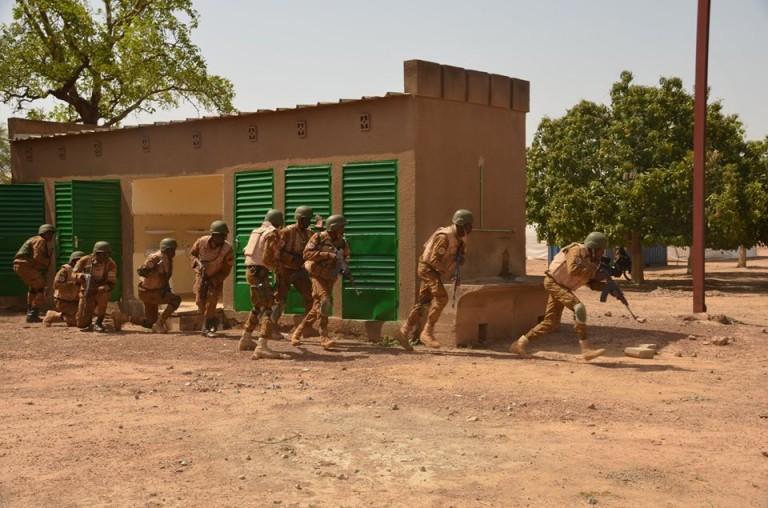 Forces armées nationales: suspension des départs volontaires jusqu'à nouvel ordre
