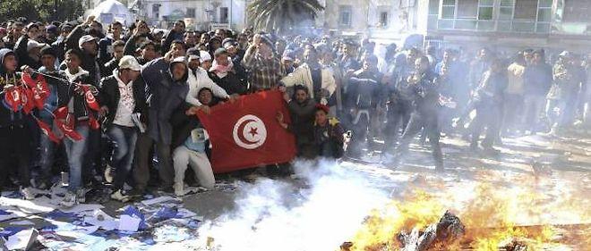 Immolation d'un journaliste en Tunisie : Du Jasmin au désespoir