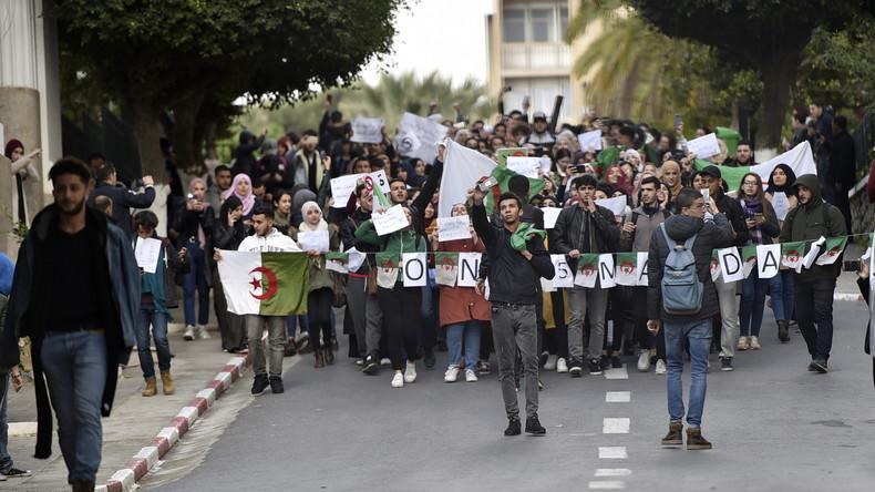 Manifestations estudiantines anti-5e mandat de Boutef: Un printemps de dattier est-il possible en Algérie?