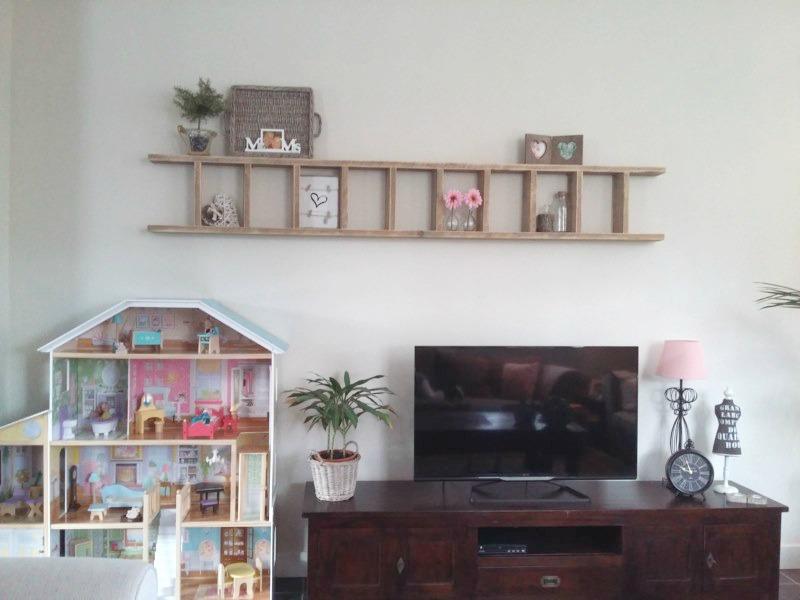 Tv Muur Decoratie.Ladder Boven De Tv Leuke Muurdecoratie
