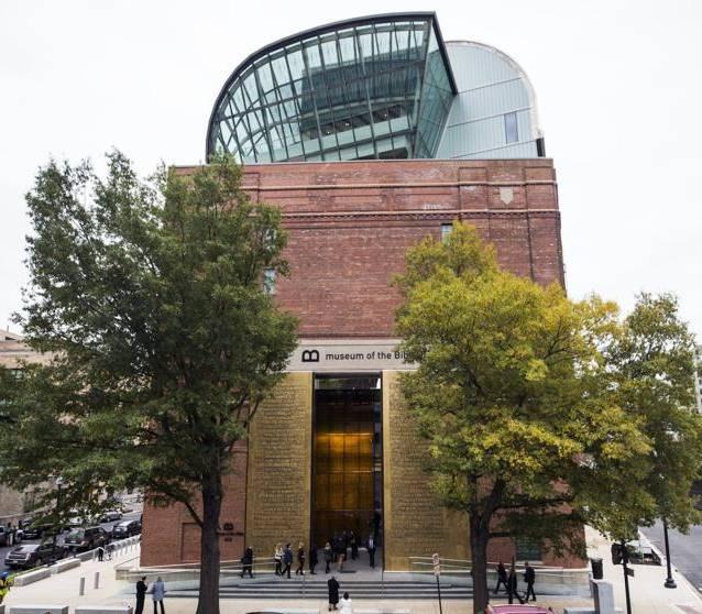 Abre el Museo de la Biblia en Washington