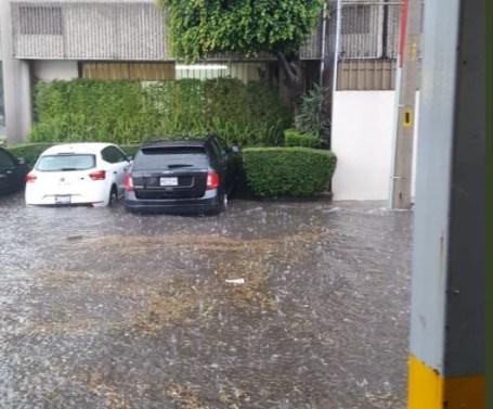 Apoya la CAEM con personal y maquinaria a los municipios afectados por la lluvia de ayer por la tarde 1