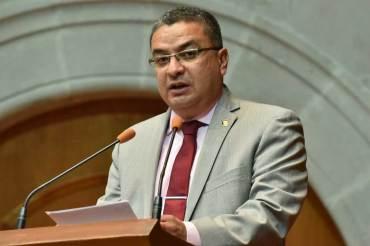 La-legislatura-nombra-a-Luis-Gustavo-parra-comisionado-del-INFOEM-3