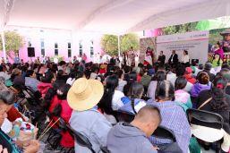 Entregan apoyos de FONART a artesanos mexiquenses para desarrollar su labor 3