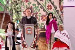 Entregan apoyos de FONART a artesanos mexiquenses para desarrollar su labor 6