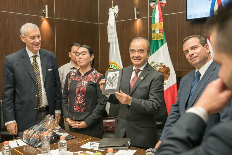 Reciben-legisladores-mexiquenses-visita-de-representantes-cubanos-4