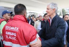 Entrega Alfredo del Mazo equipo para reducir riesgos de inundaciones en temporada de lluvias 3