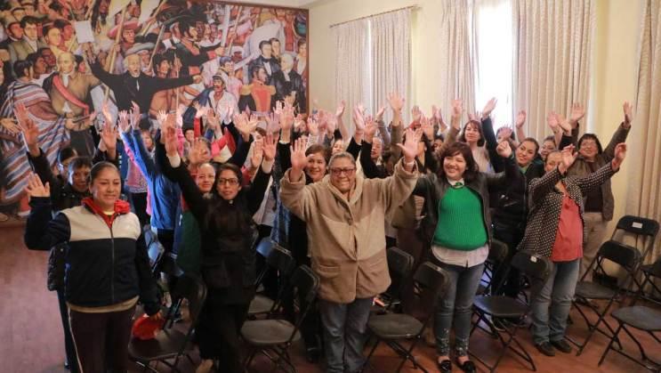 """Imparten conferencia a servidoras públicas de Zinacantepec """"La mujer en el ámbito laboral"""""""