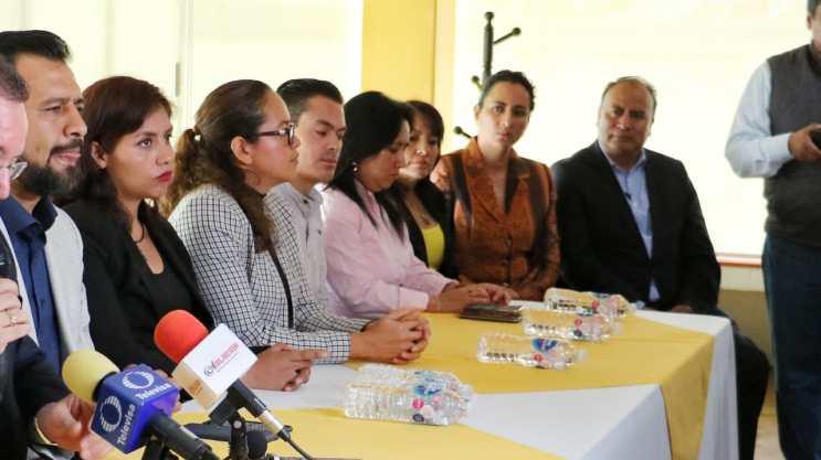 PRD mexiquense plantea renovar dirigencias; conservar nombre, siglas y emblema es una demanda de las bases OOA 7