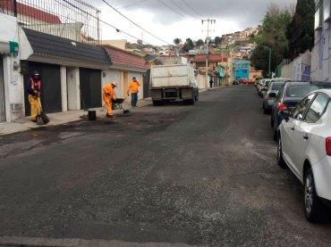 Trabajan-de-manera-intensiva-brigadas-de-bacheo-en-Toluca-7