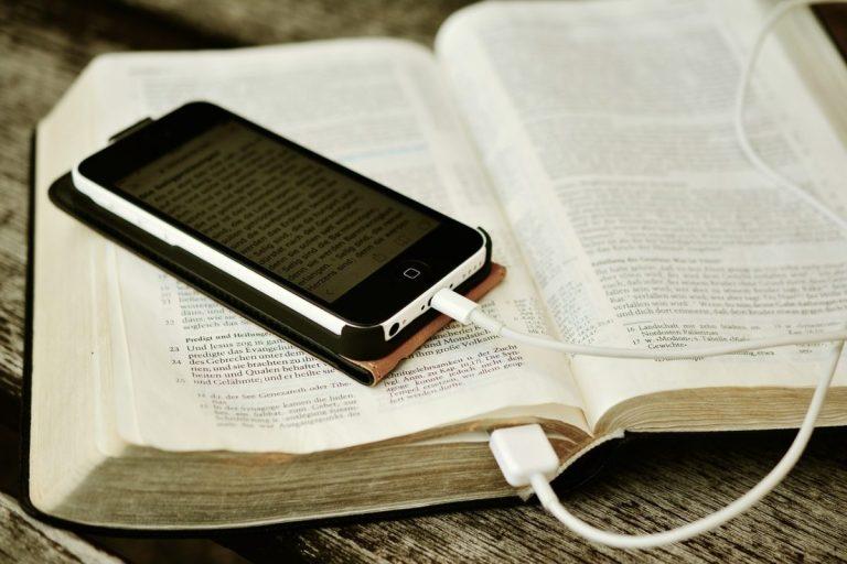 Enquête (podcast) n°2 : Qui a créé la Bible ?