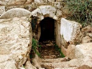 Qui nous roulera la pierre ? (ou comment Pâques devrait nous ouvrir à son avenir)