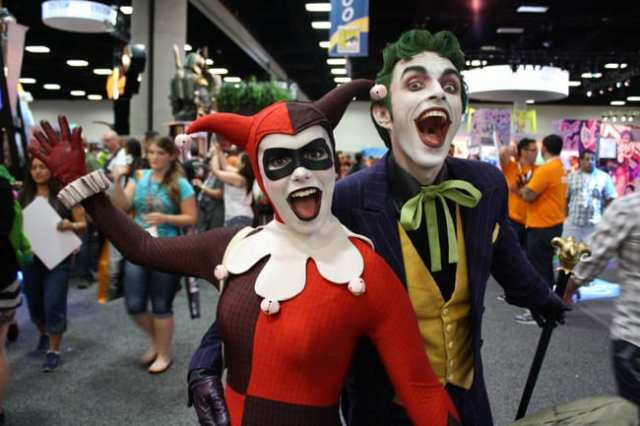 sdcc-2013-joker-and-harley-quinn-cosplay