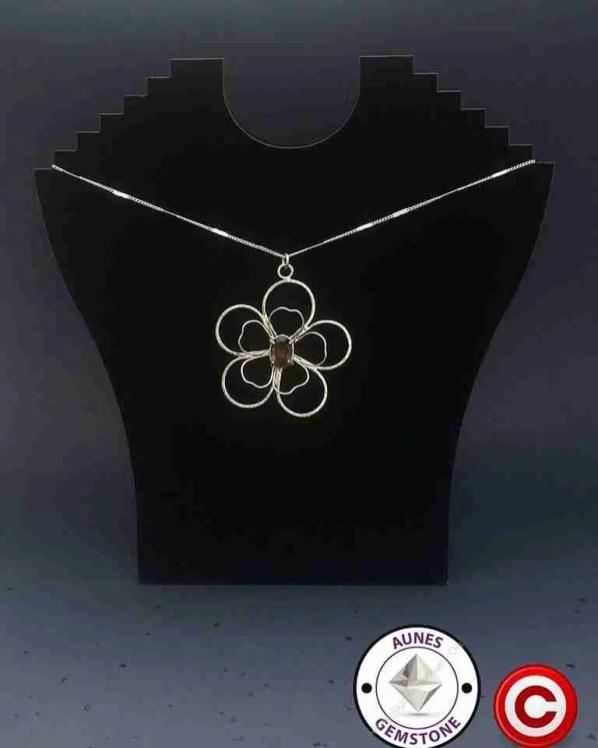 halsband-blomma