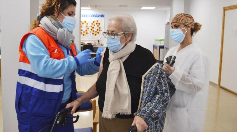 Las vacunaciones no evitan el cierre perimetral de San Juan