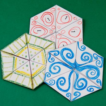 https://i1.wp.com/www.auntannie.com/Geometric/Flexagon/TriHexaFlexagonsColored440.jpg