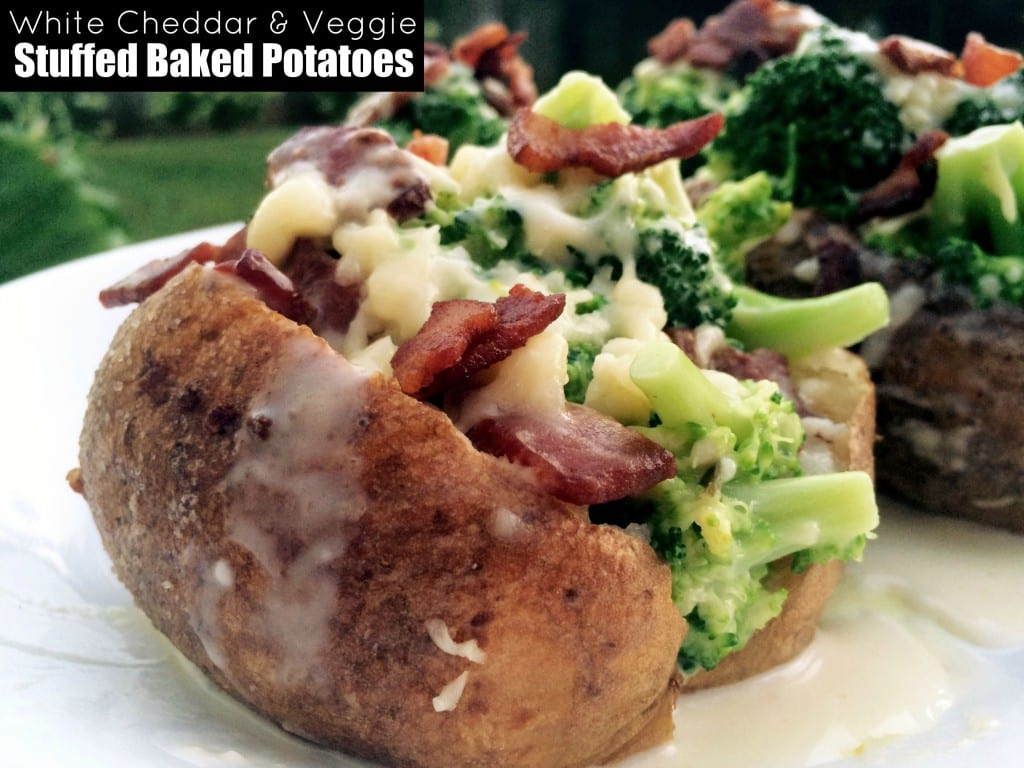 White Cheddar & Veggie Stuffed Baked Potatoes | Aunt Bee's Recipes