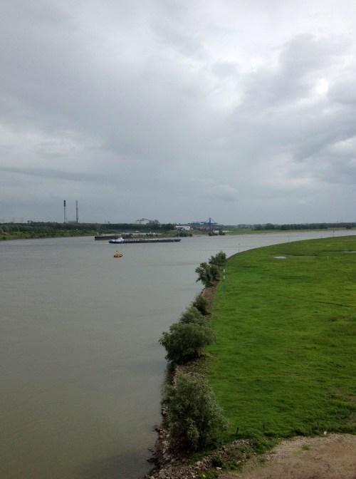 8 Rhein from Wesel Bridge