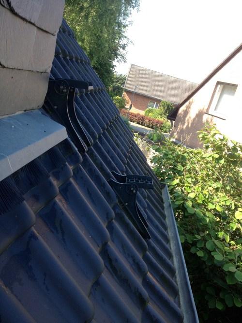 Roof tile steps