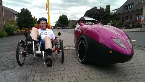 Helen and Stefan on recumbents 1