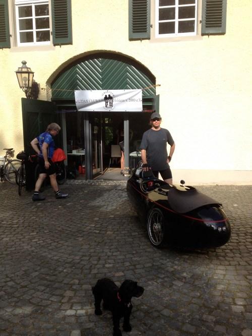 Gert and black Strada