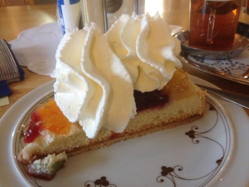 Fruit cake with cream