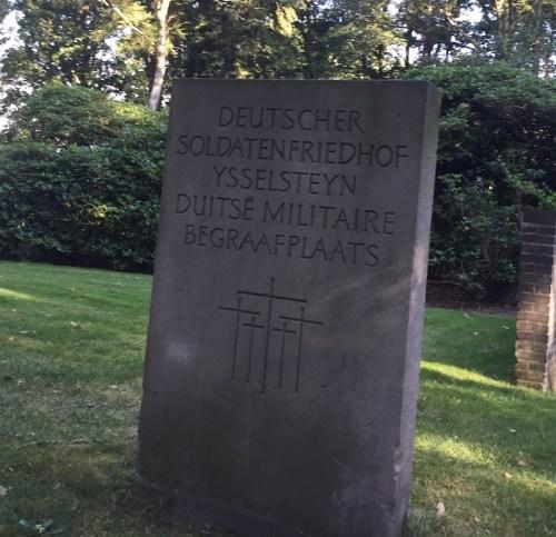 Friedhof sign