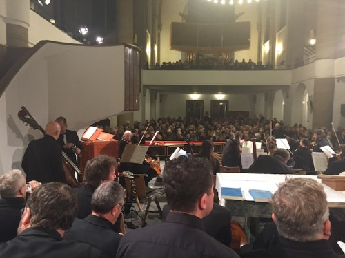 krefeld-orchestra-and-audience-2