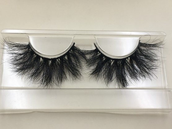 DL04 25mm mink lashes
